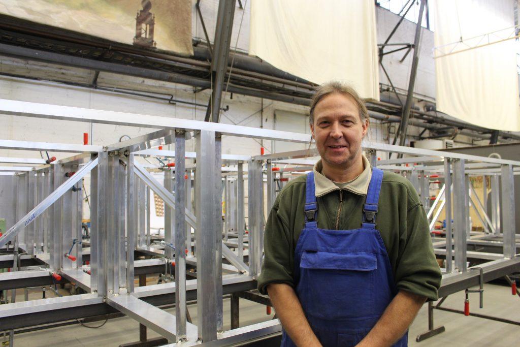 Schlossermeister Matthias Lohse in der Werkstatt